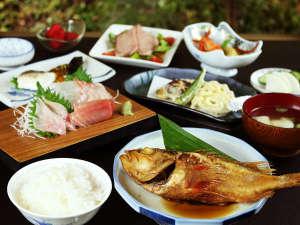 聖山荘の夕飯